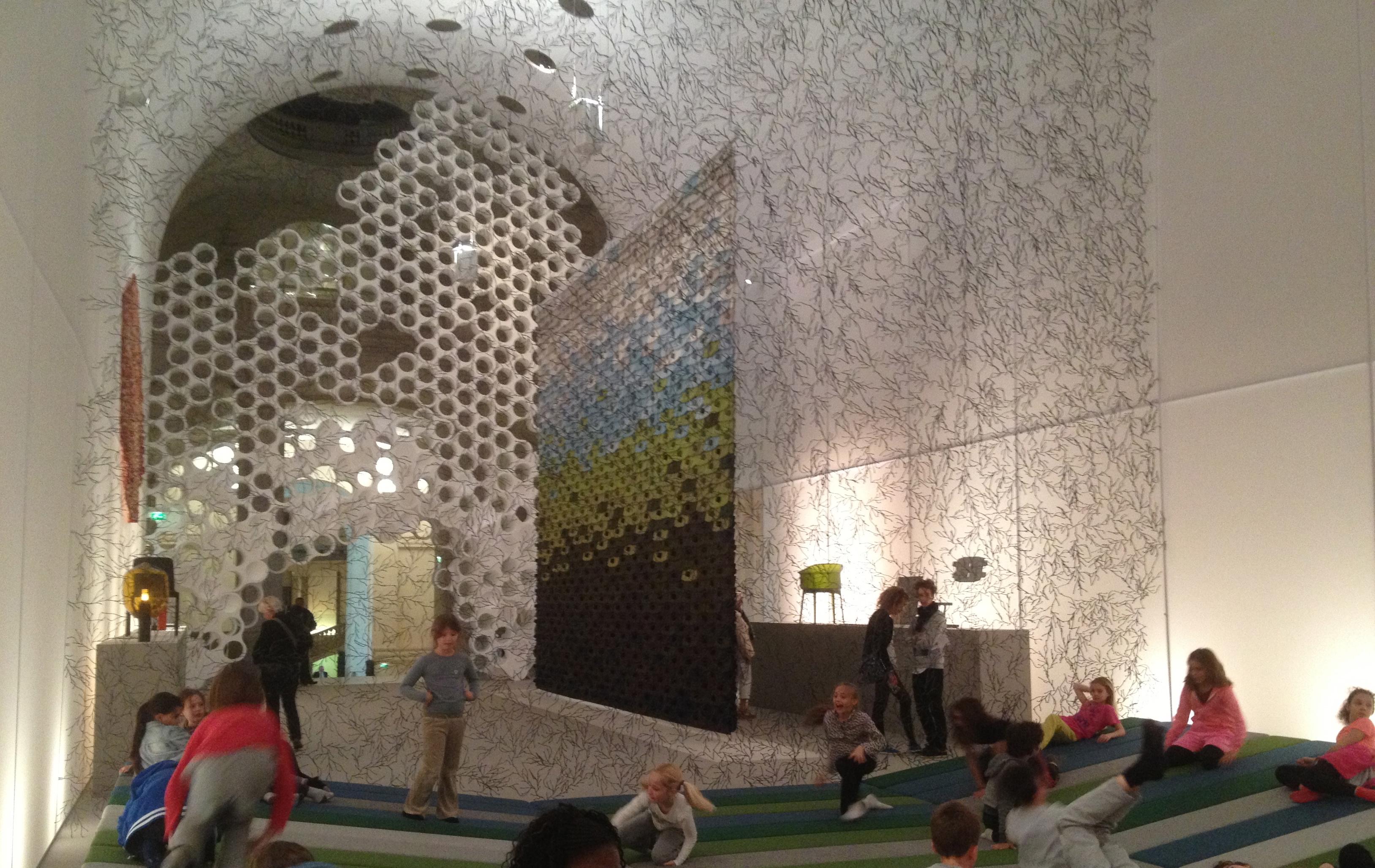 Momentan r et e bouroullec mus e des arts d coratifs parisienne touch - Musee des arts decoratifs metro ...