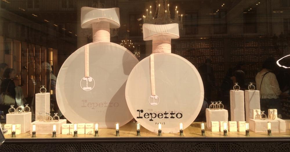 parfum-repetto-vitrine-lancement-rue-de-la-paix